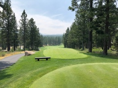 1st tee. Skies a bit smoky from a wildfire all the way down in Yosemite. Eventually cleared up during our round, though.