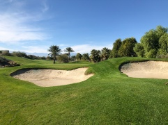 4th approach (these bunkers are about 40 yards short of the green, showing the deceptive visual presentation).